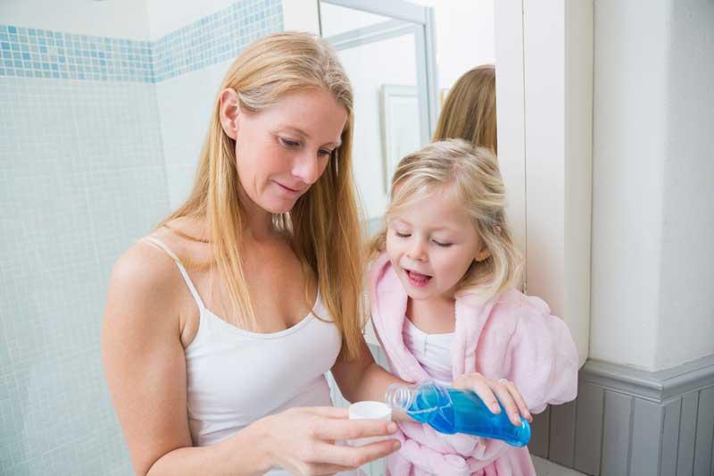 enjuague-niños-blog-clinica-soria
